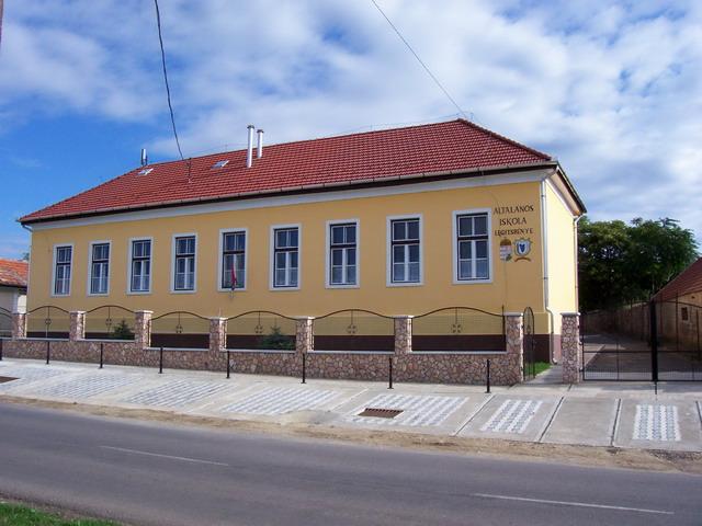 Általános iskola