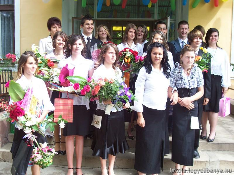 Elballagtak iskolánk nyolcadikos tanulói